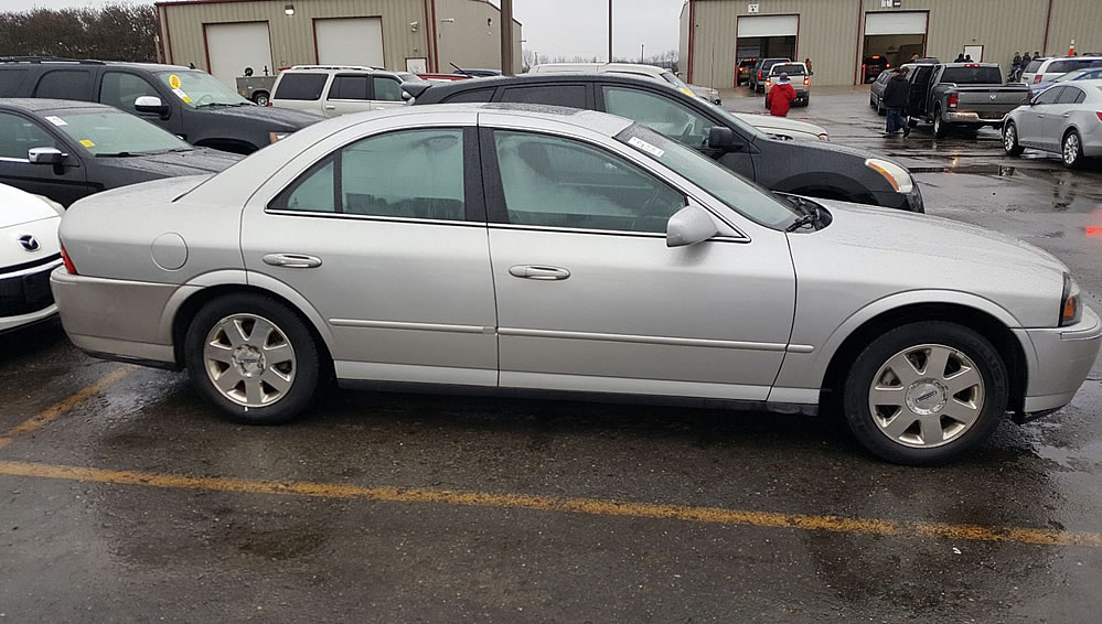 2005 Lincoln LS - Innovative Used Vehicles